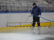 Заливка льда,  катков,  хоккейных коробок,  обслуживание катков